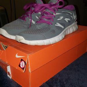 8.5 Wmn Nike Free Run +2